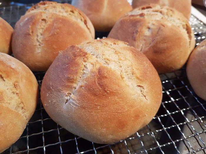 Rezept Für Süße Brötchen Mit Salz Hefe Lösung Was Gibts Zu Essen
