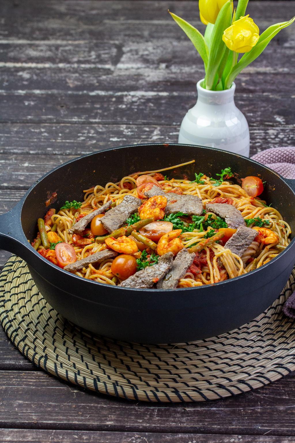 Oberleckere Spaghetti in Tomatensoße